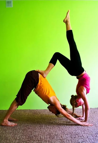 парная йога. картинки