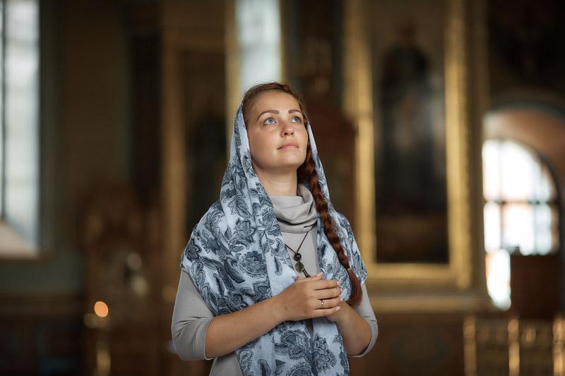 Работа для православной девушки работа приезжим девушкам
