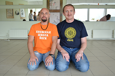 Я и мой Учитель по йоге  Анатолий Пахомов