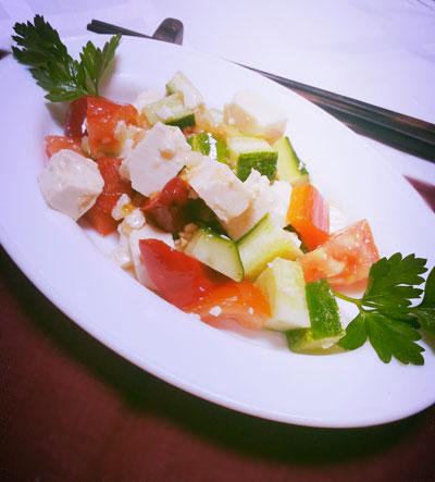Салат-овощной-с-Тофу