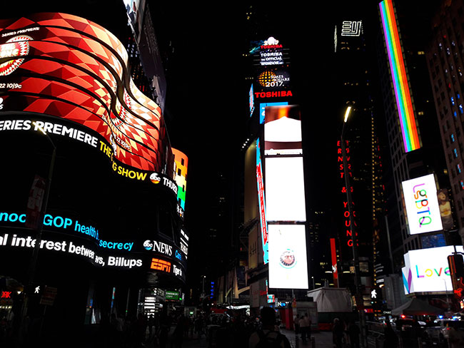 Times_Square_4