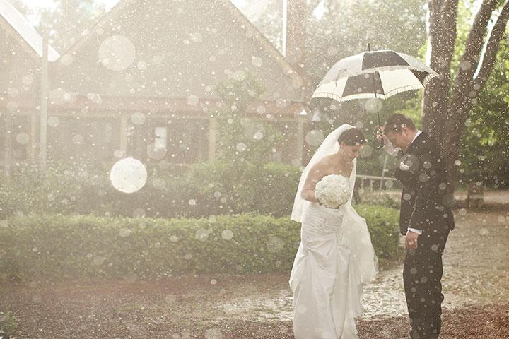 Картинки по запросу дождь во время свадьбы